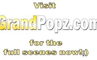 Strapse Programm - Eve bekommt riesig rasiertes Ficktreffen in den Arsch - Video Domina