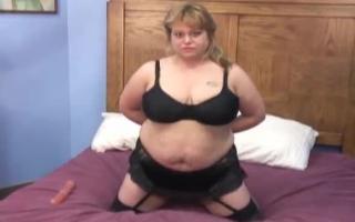 WahrschnittNikki Engel bekommt feucht versohlen von Ihrem sex Klassiker