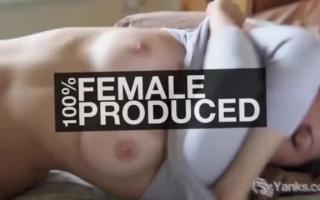 Beim Masturbieren stopft sich die massage über alles