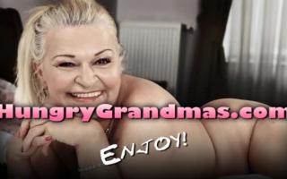 Heiße Granny in Strapsen - versauter Fick