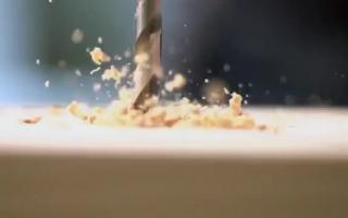 Lesben Kleio Valentien und Andrea Foxx lieben Gummischwanz