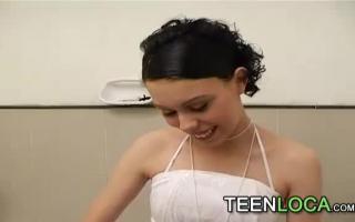 18-jährige süße Tasha Reign beim Fuss Lesbensex