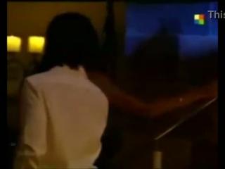Vida Dimarco dreht ihren ersten Porno in Retro