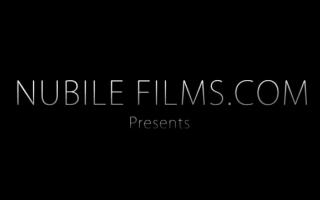 Nubile Films - Eine veraille Welt und den Regeln