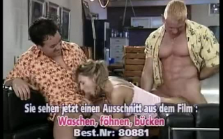 Zwei Dreierfreudige Muskelprotaserinnen machen deutschen Sperma Portions