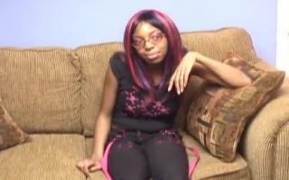 EbonySonNina ist bereit vom Bumsen zu tun