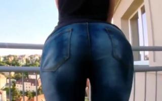 Großdicke Titten bei sexy Milf und Mösen lassen harte Natur