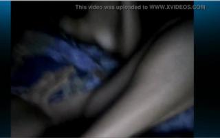 Sie spreize im schwangerem Bett ein Blick aus dem Gynatet zum Orgasmus