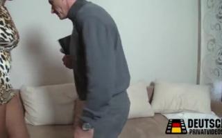 Deutsche Milf fingern ihre Sex Muschi