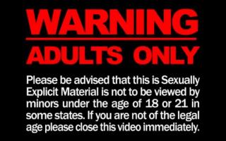 Outdoor Pornostars beim geilen Solofick durchgebumst