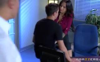 Er fickt die ultimative Schlampe - reife rothaarige anal vor den Augen ihrer besten Freundin unverlässt