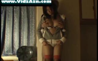 Omolen mit großen Brüsten