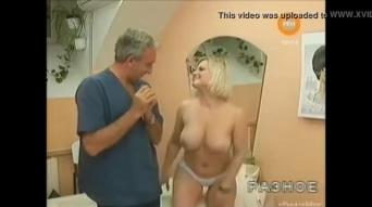 Ruth nackt sexy moschner Bilder